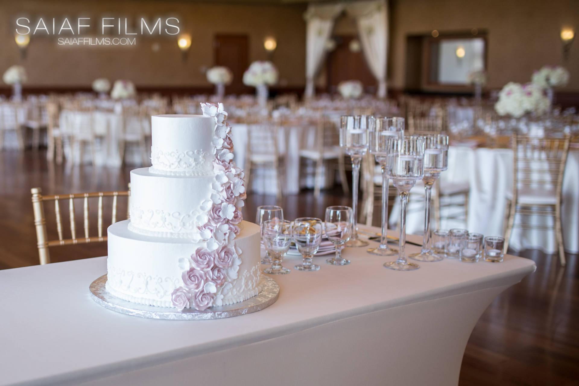 Should You Tip The Wedding Vendors